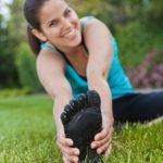 Zdravo telo se začne pri zdravih stopalih. Zakaj in kako preidemo na 'bosonogo' oziroma barefoot obutev?